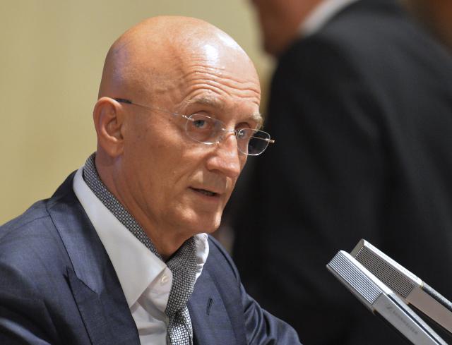 Senátor Ivo Valenta  (ČTK)