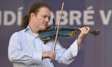 Houslista Pavel Šporcl  (ČTK)