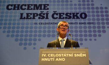 Předseda hnutí ANO Andrej Babiš vystoupil s projevem na celostátním sněmu ANO (ČTK)
