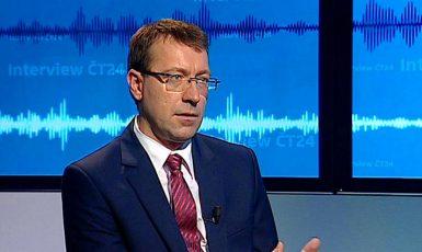 Redaktor České televize Jiří Hynek obhajuje Roberta Šlachtu (ČTK)