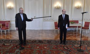 Prezident Miloš Zeman s Bohuslavem Sobotkou (ČTK)