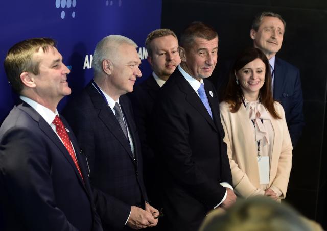 Vedení hnutí ANO na celostátním sněmu v únoru 2017 (ČTK)