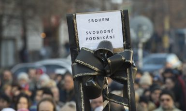 Ilustrační foto – demonstrace na Václavském náměstí proti zavedení EET dne 3. prosince 2016  (ČTK)