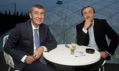 Premiér Andrej Babiš a bývalý ministr zahraničí Martin Stropnický  (ČTK)