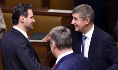 Radek Vondráček se svým šéfem Andrejem Babišem (ČTK)