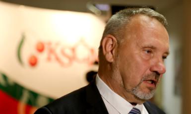 Předseda poslaneckého klubu KSČM Pavel Kováčik  (ČTK)