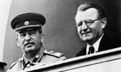 Josif Stalin a Klement Gottwald na čestné tribuně moskevského stadionu Dynamo (ČTK)