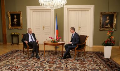 Týden s prezidentem Jaromíra Soukupa (FB TV Barrandov)