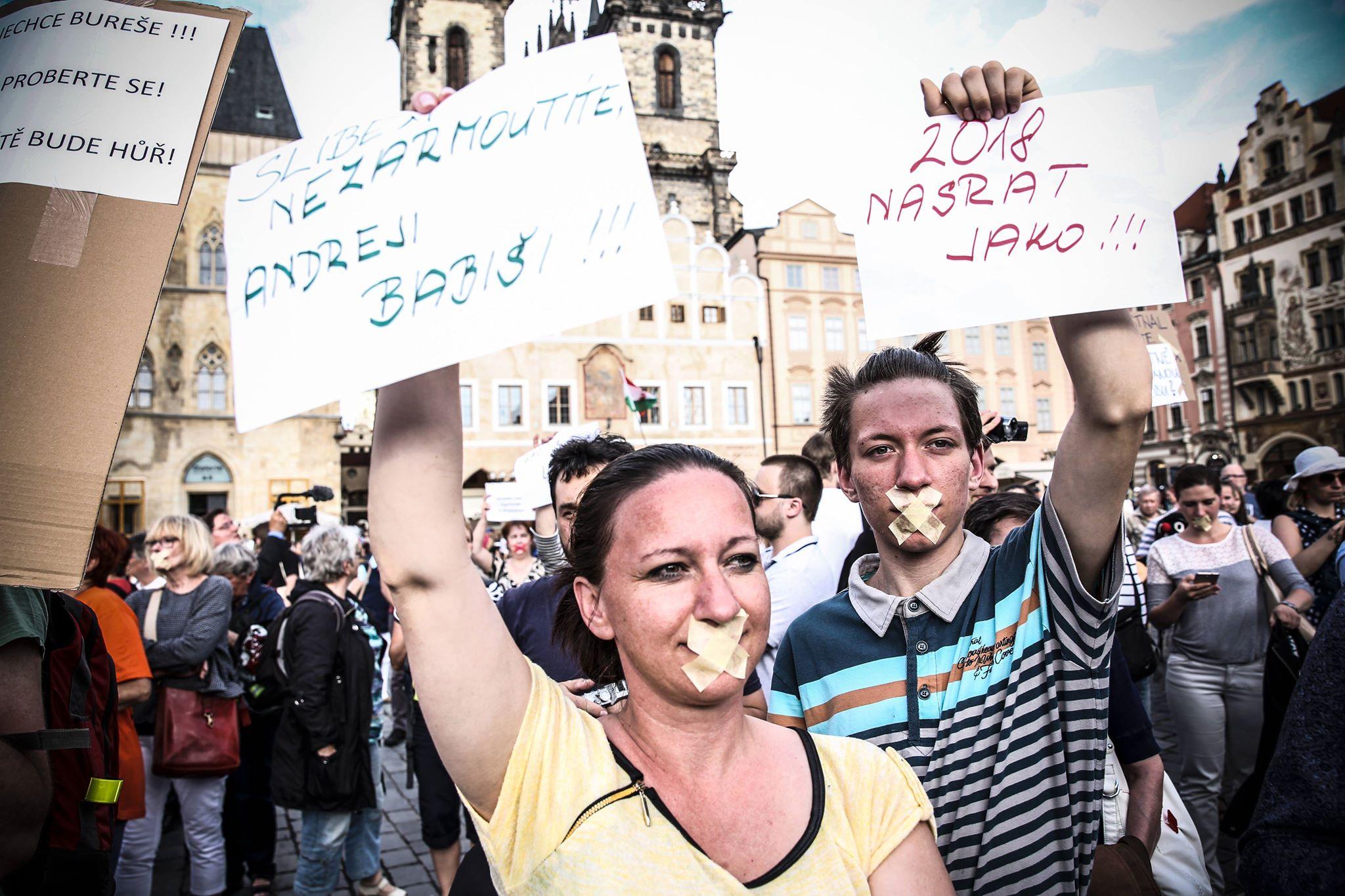Němý protest proti Andreji Babišovi (Pavel Hofman)