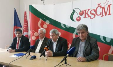 Členové vedení komunistické strany  (ČTK)