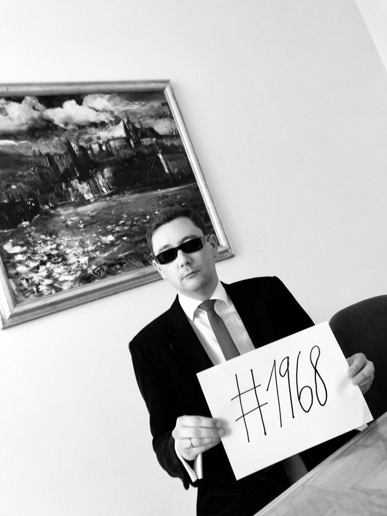 Jiří Ovčáček - Muž v černém (Twitter Jiřího Ovčáčka)