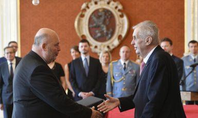 Prezident Miloš Zeman jmenuje ministra zemědělství Miroslava Tomana  (ČTK)