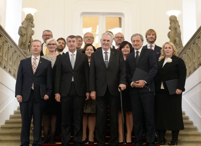 Prezident Miloš Zeman jmenoval 13. prosince 2017 v Praze vládu premiéra Andreje Babiše (ANO).  (ČTK)