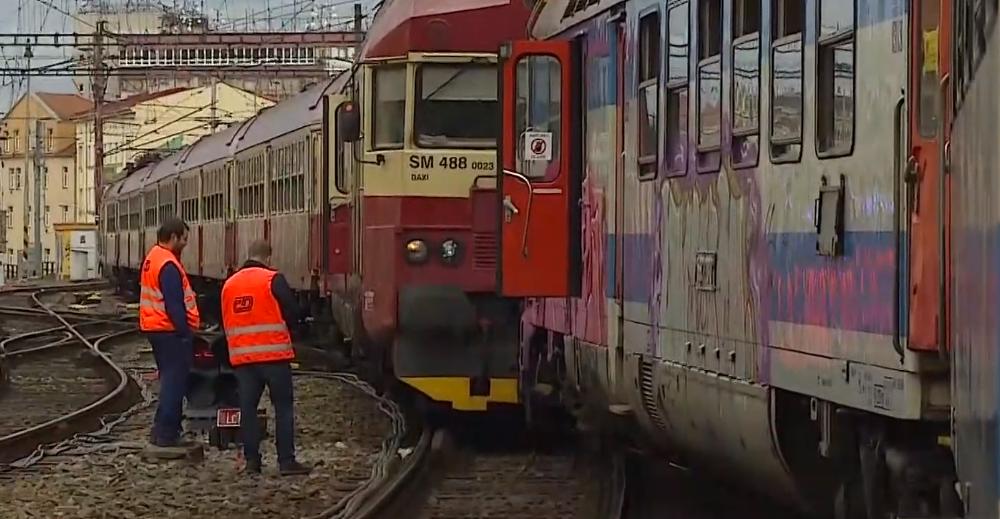 Vlaky – ilustrační foto (screenshot ČT)