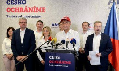 Česko ochráníme, tvrdě a nekompromisně? Povrchní Babišova PR politika v časech pandemie trvale selhává (ČTK)
