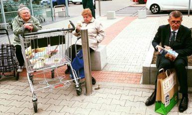Andrej Babiš na nákupech (FB Andrej Babiš)