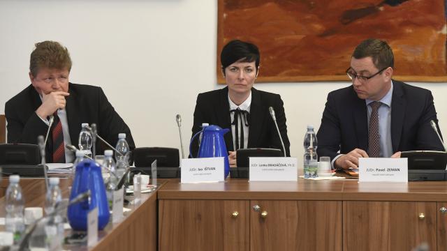 Vrchní státní zástupci Ivo Ištvan a Lenka Bradáčová a nejvyšší státní zástupce Pavel Zeman (ČTK)