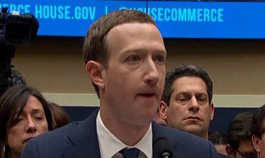 Šéf Facebooku Mark Zuckerberg (ČT)