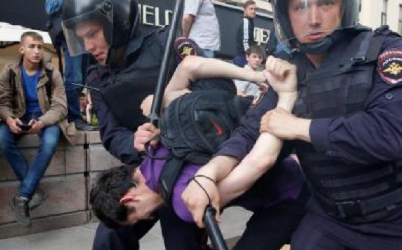 Ilustrační foto (archiv, záběry demonstrantů v Rusku)