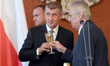 Premiér Andrej Babiš a prezident Miloš Zeman  (ČTK)