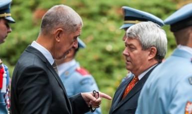 Předseda vlády Andrej Babiš a předseda KSČM Vojtěch Filip  (ČTK)