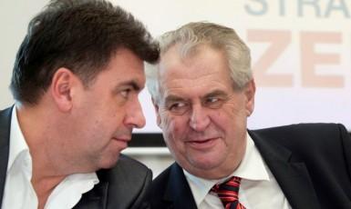 Klíčový hradní poradce Martin Nejedlý a prezident Miloš Zeman  (ČTK)