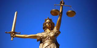 Slepá spravedlnost. (Ilustrační obrázek)