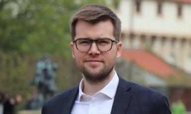 Předseda poslaneckého klubu Pirátů Jakub Michálek (Pirátská strana)