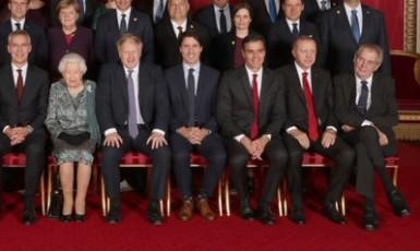 Český prezident je opět nepřehlédnutelný (Twitter The Royal Family)