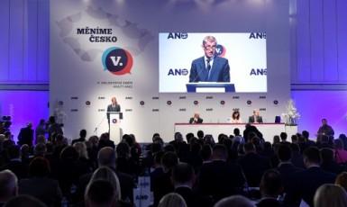 Premiér a předseda hnutí ANO Andrej Babiš na sněmu ANO 17. 2. 2019  (ČTK)