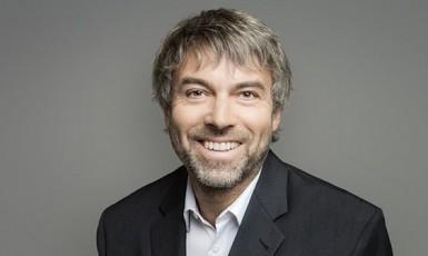 Nejbohatší Čech Petr Kellner (Twitter / Bloomberg Wealth)