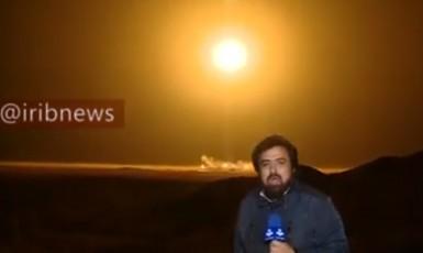 Tady ještě reportér jásá, jak všechno hezky probíhá. (youtube)