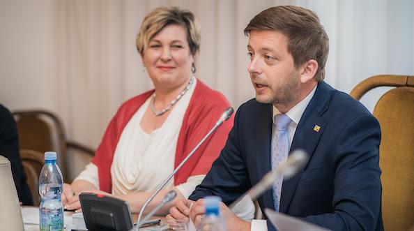 Poslankyně Věra Kovářová a předseda hnutí STAN Vít Rakušan (Starostové a nezávislí / Se svolením autora)