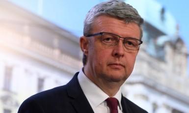 Ministr průmyslu a obchodu a dopravy Karel Havlíček (za ANO)  (ČTK)