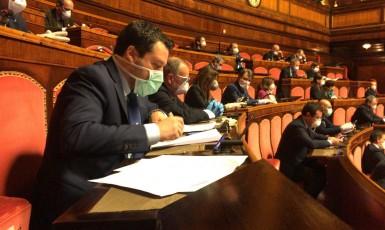 Předseda italské opoziční Ligy Severu Matteo Salvini v Senátu (FB MS)