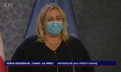 Babišova ministryně pro místní rozvoj Klára Dostálová  (Screenshot ČT)