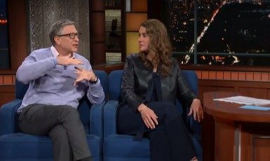 Bill Gates a jeho manželka Melinda. (youtube)