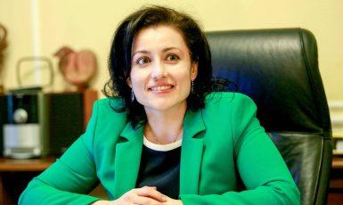 Jestli se pochlubíme, jací jsme podvodníci, tak přijdeme o dotace. Bulharská ministryně zemědělství Desislava Taneva  (FB)