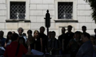 Pomník Milady Horákové ve Sněmovní ulici. (ČTK)