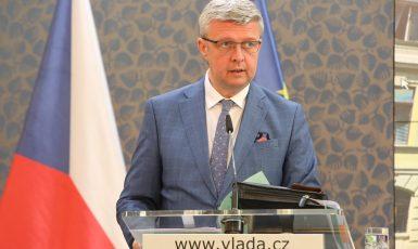 Ministr průmyslu a obchodu a dopravy Karel Havlíček (za ANO) (FB Úřadu vlády)