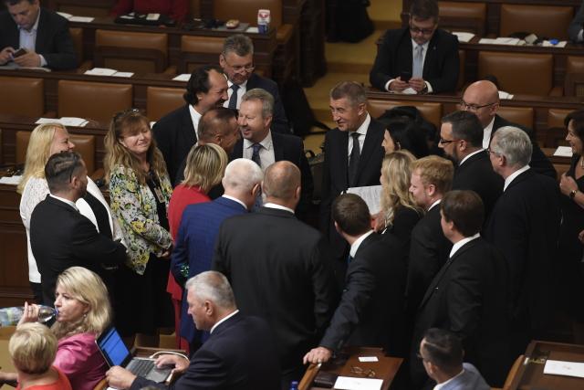 Premiér Andrej Babiš mezi poslanci hnutí ANO (ČTK)