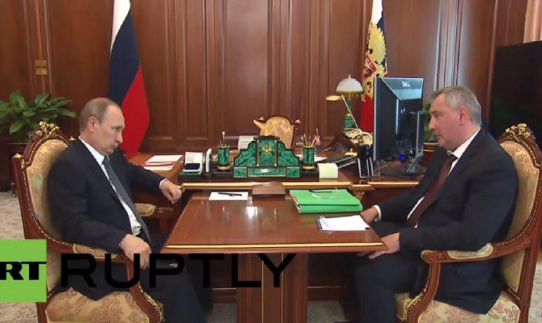 Vladimir Putin a Sergej Rogozin  (YouTube/RT)