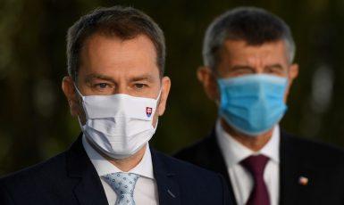 Slovenský předseda vlády Igor Matovič (OĽaNO) a český premiér Andrej Babiš (ANO)  (ČTK)