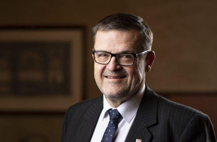 Senátor a lékař Lumír Kantor (nestraník za KDU-ČSL) (Lumír Kantor, KDU-ČSL)