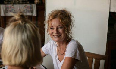 Vilma Cibulková s Denisou Barešovou se představí jako matka s dcerou, jejichž životy se rázem obrátí vzhůru nohama. (Johana Střížková)