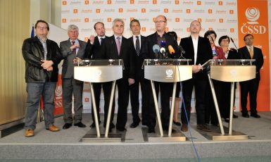 V roce 2012 měla sociální demokracie velmi silné zastoupení i v senátu.  (FB ČSSD)