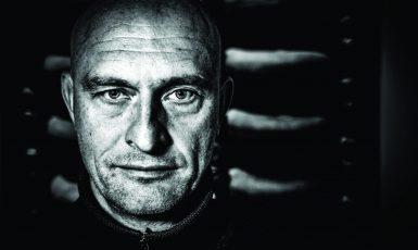Občanský aktivista skupiny Kaputin Otakar van Gemund   (Pavel Hoffman)