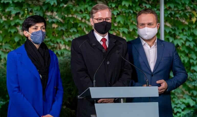 Předsedové demokratických opozičních stran Markéta Pekarová Adamová (TOP 09), Petr Fiala (ODS) a Marian Jurečka (KDU-ČSL)  (facebook Petra Fialy)