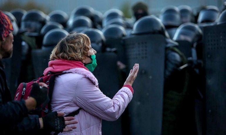 Protilukašenkovská demonstrace v Minsku (facebook Tut.by)
