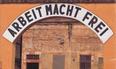 Malá pevnost v Terezíně - místo (nejen) židovského utrpení (wikipedie)